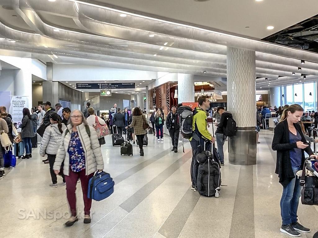 Terminal 6 interior LAX