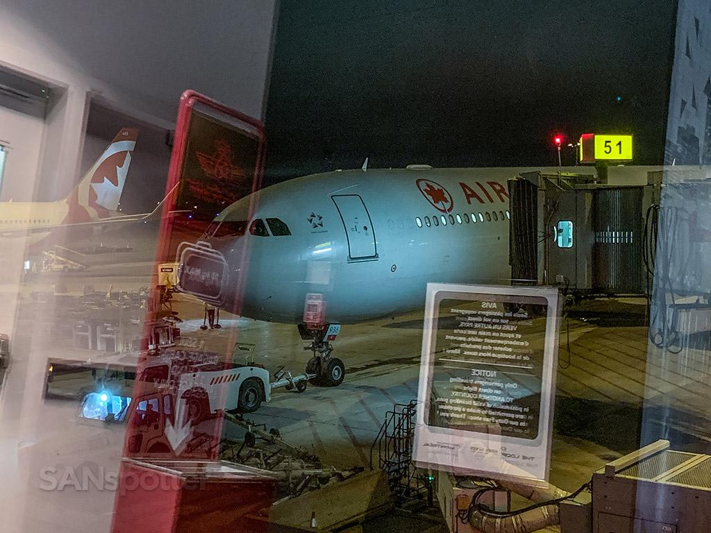 Air Canada A330-300 YUL