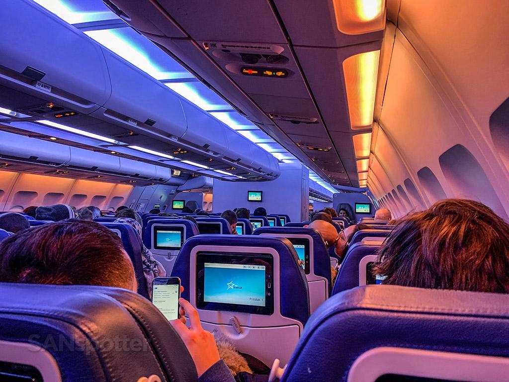air transat economy class video screens