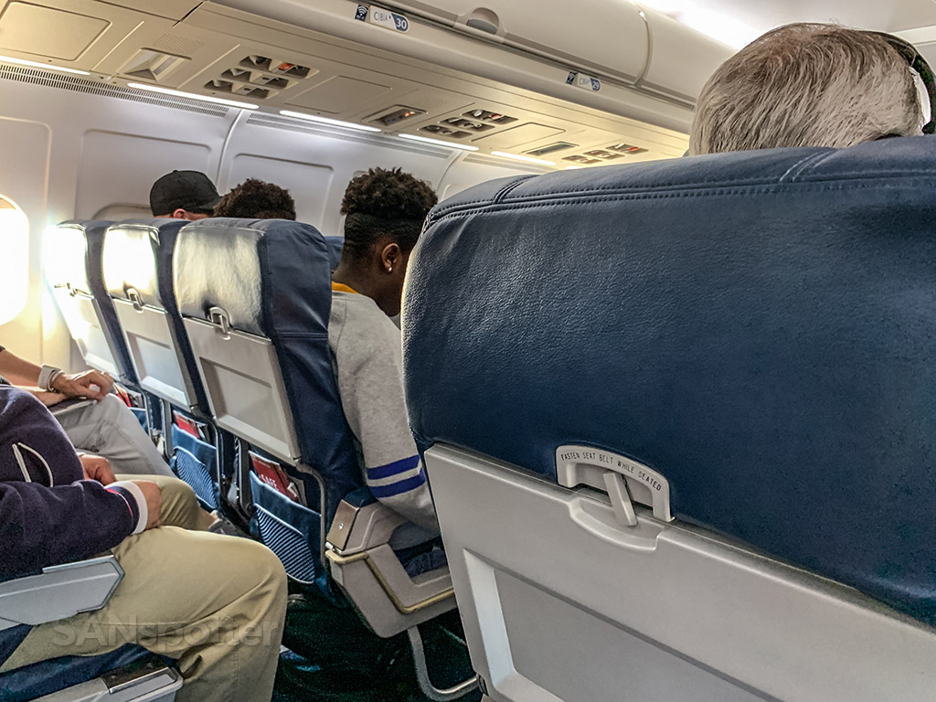 Delta mid-88 economy seats