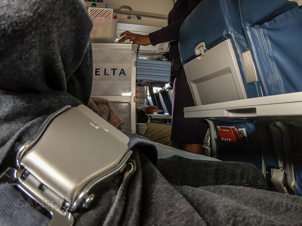 Delta snack cart