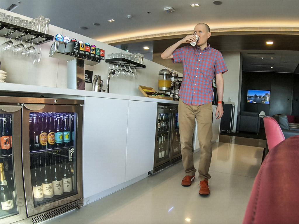 SANspotter selfie Air New Zealand Lounge Sydney Airport