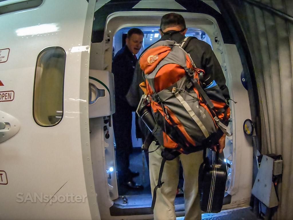 Qantas 787-9 boarding door