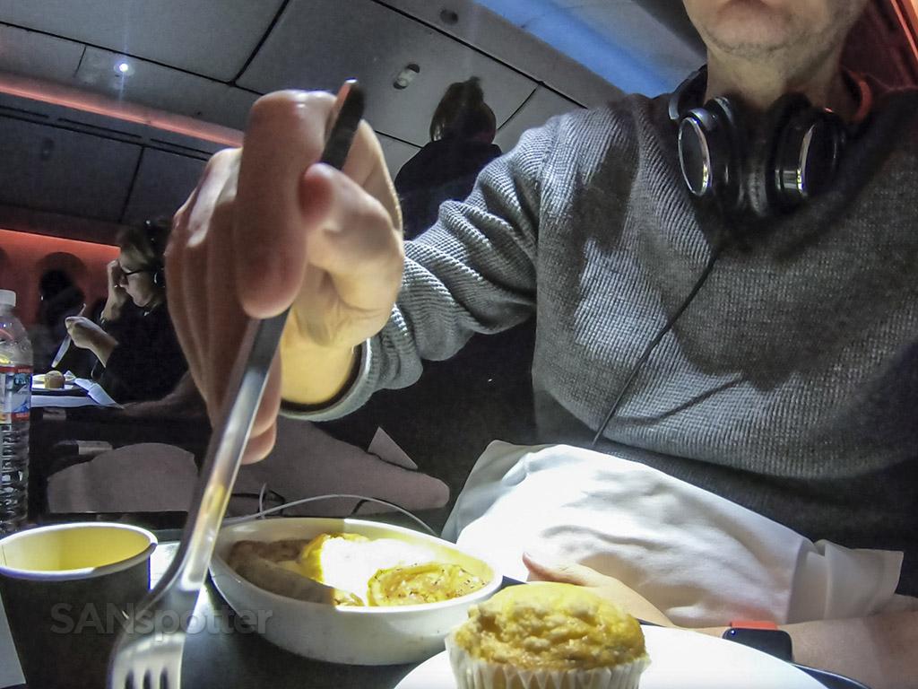 SANspotter selfie Qantas breakfast