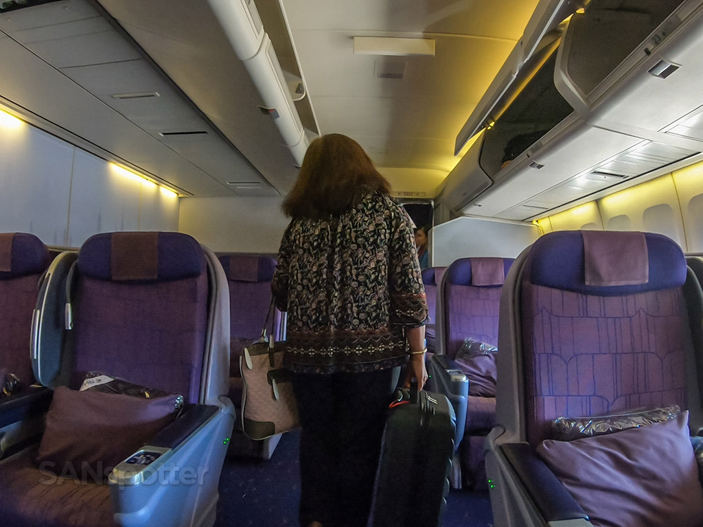 Thai Airways 747 business class review