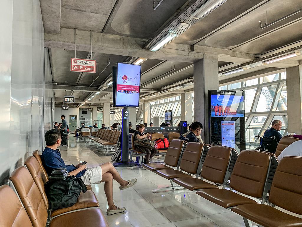 Gate F1A Bangkok Airport