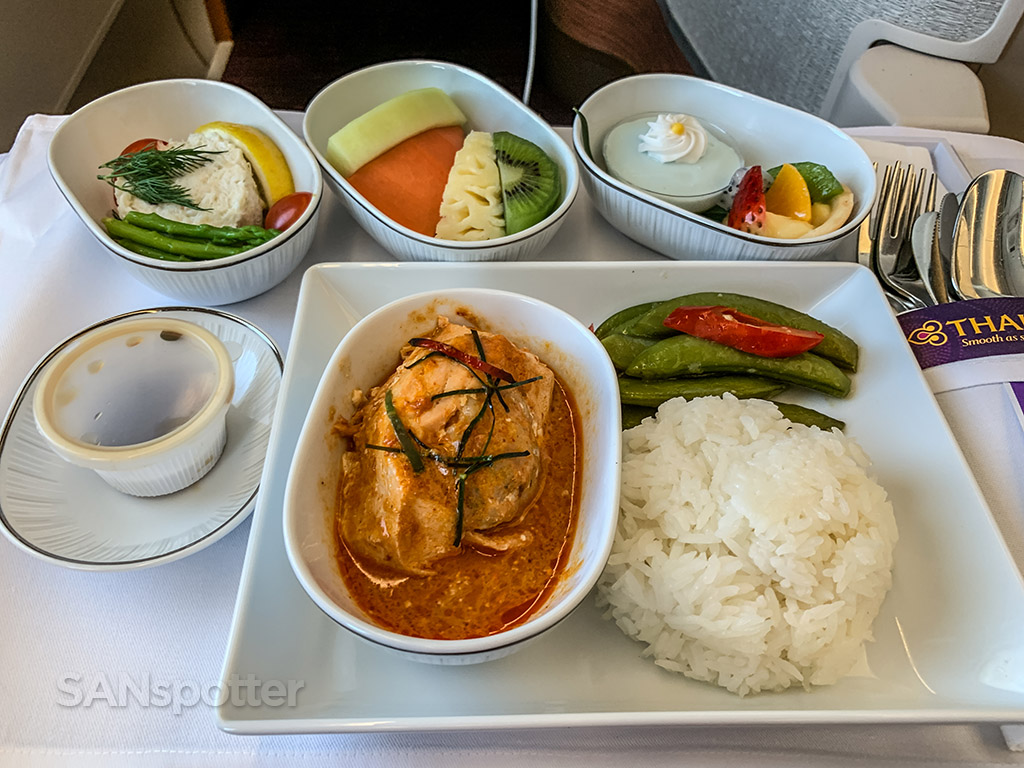 Thai Airways business class dinner