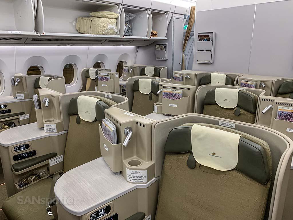 Vietnam Airlines A350 business class pics