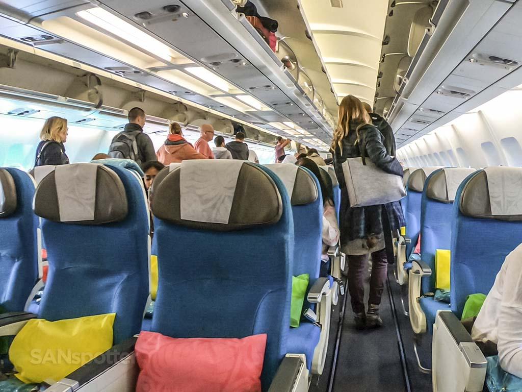 Air Tahiti Nui economy class colors