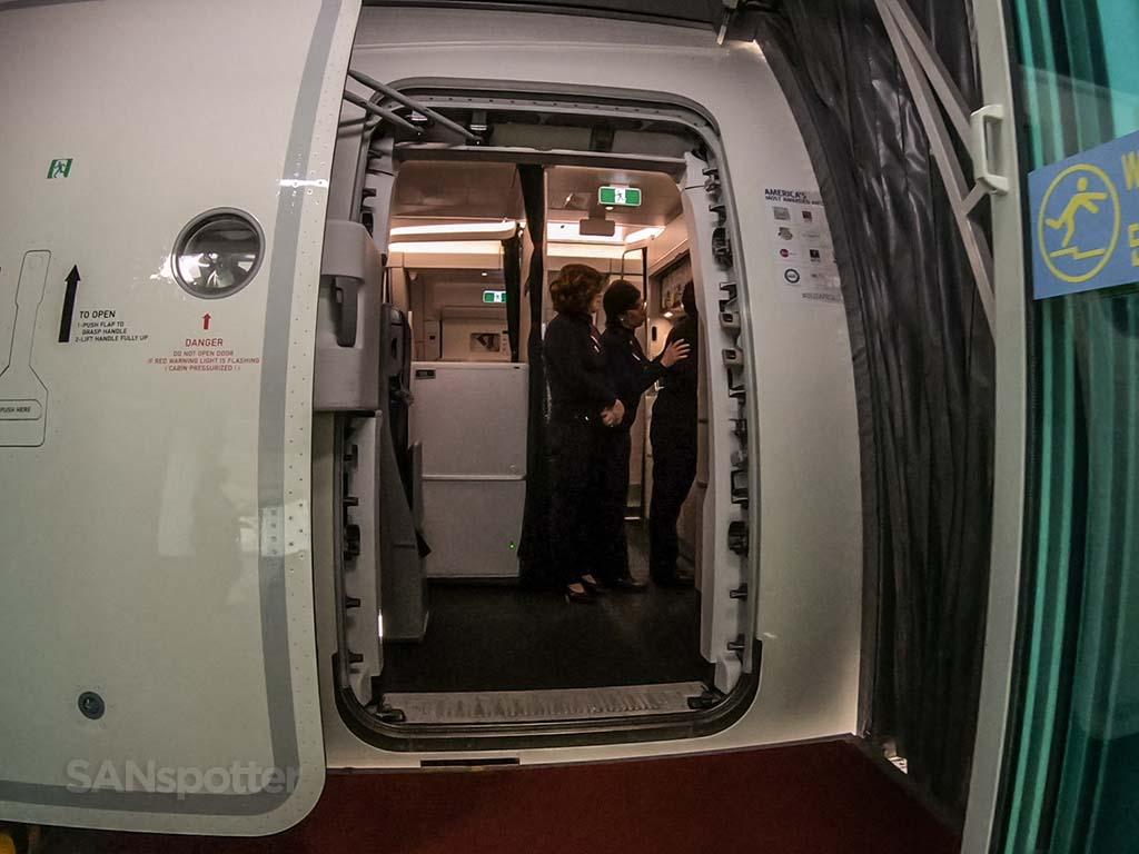 Delta a350 boarding door