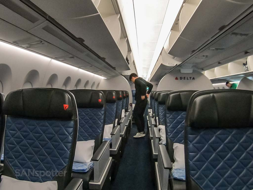 Delta Premium Select cabin a350