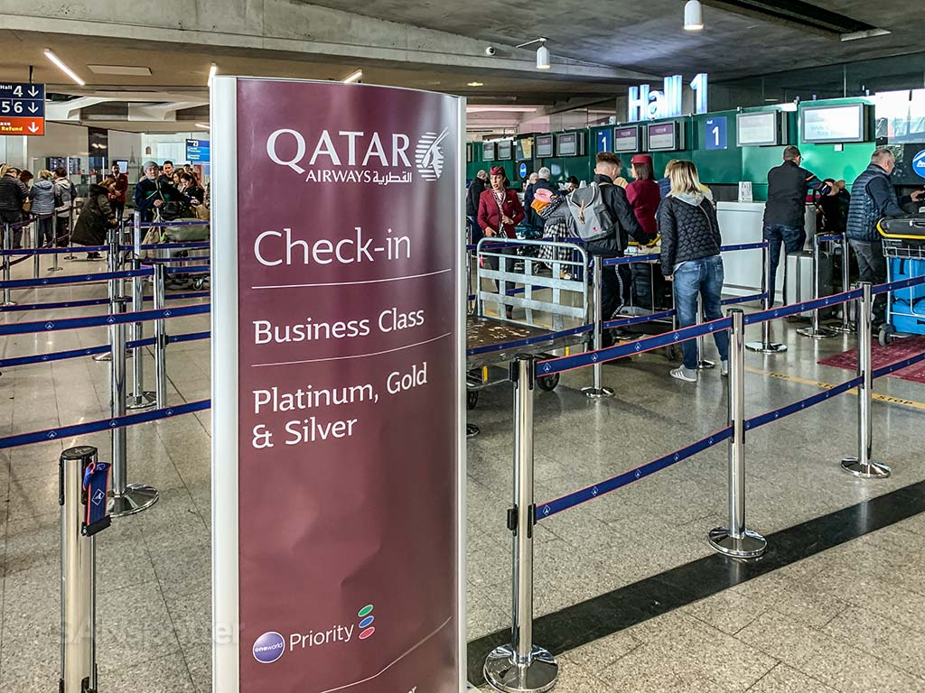 Qatar Airways check in terminal 1 CDG