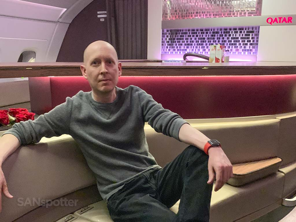 Qatar Airways a380 bar lounge
