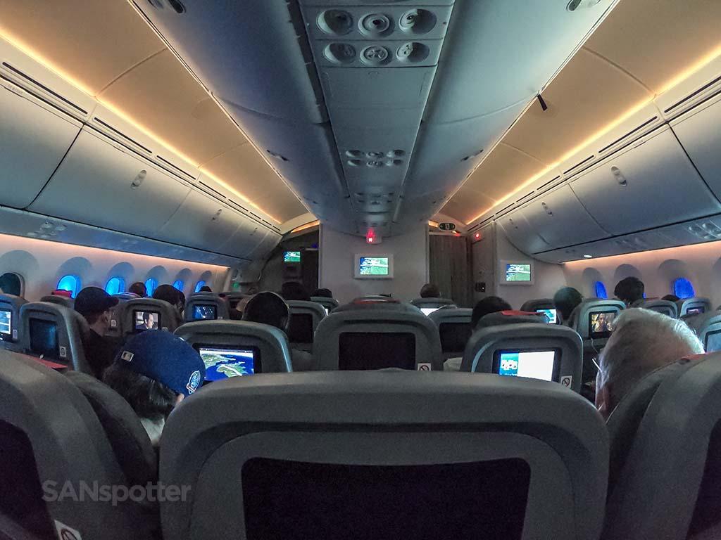 787 full cabin