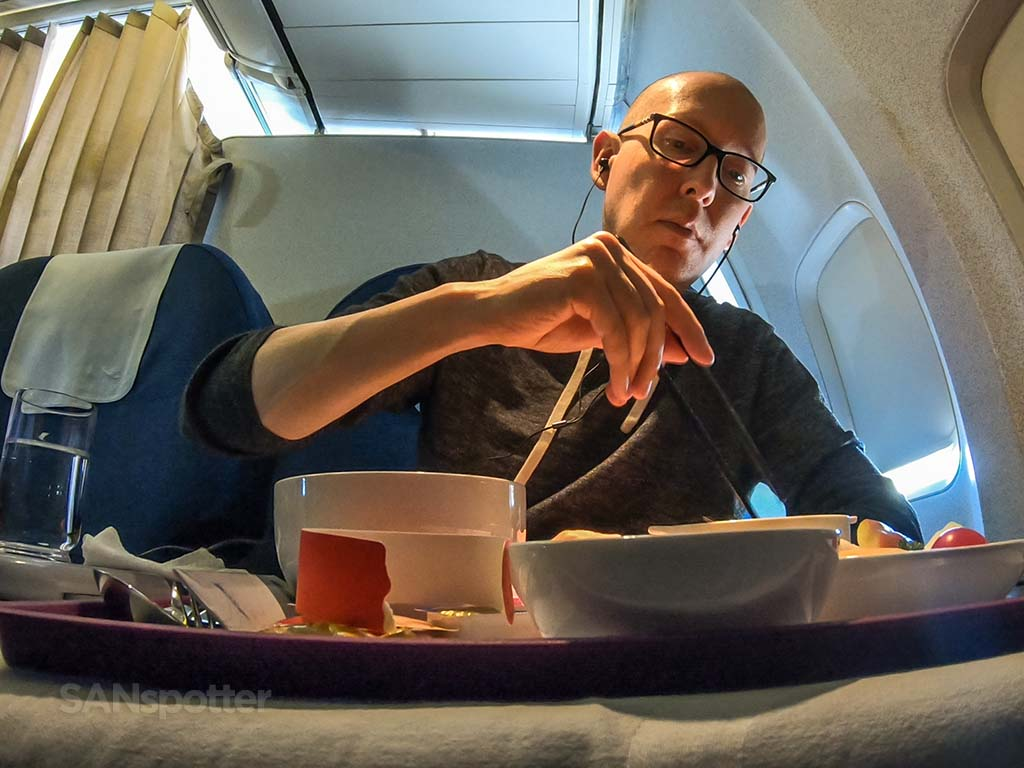SANspotter selfie Xiamen Airlines meal
