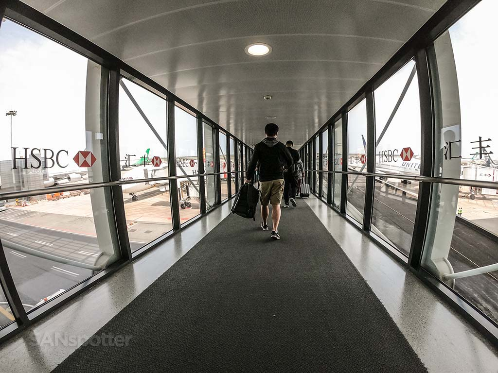 PVG airport jet bridge
