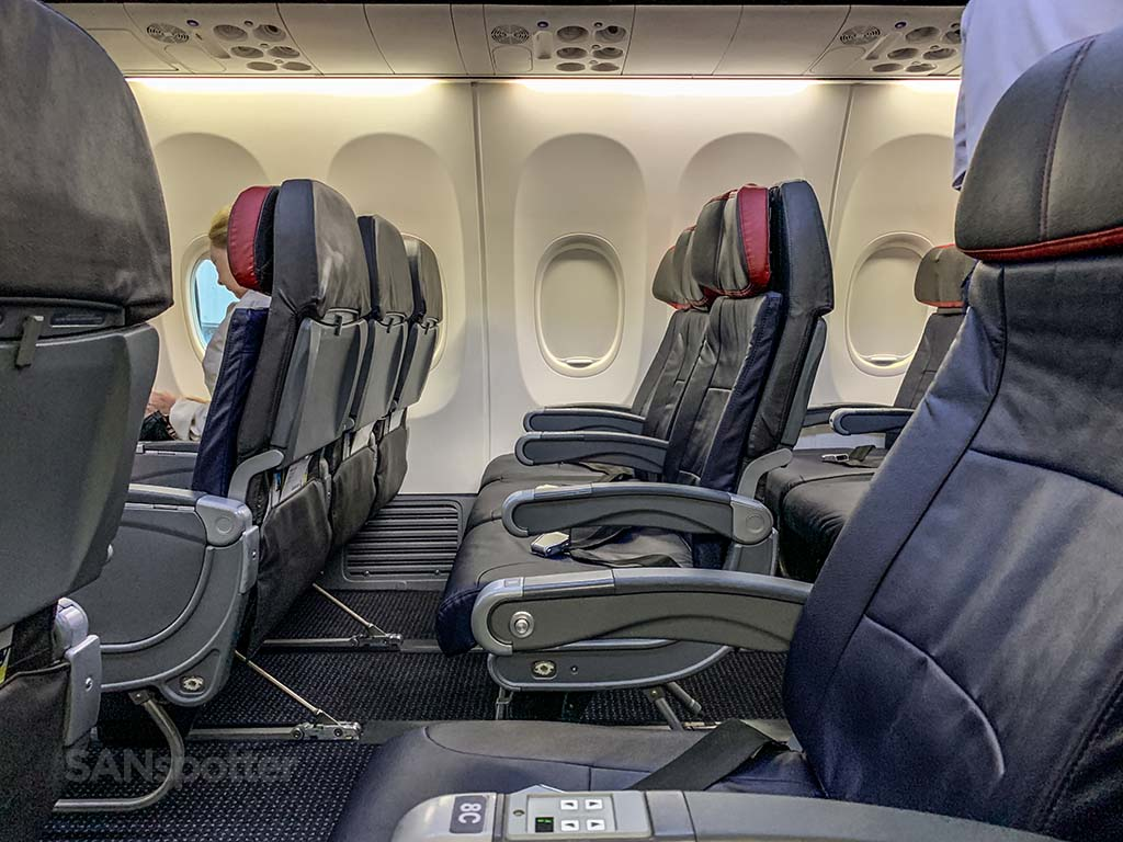 American Airlines a321neo interior