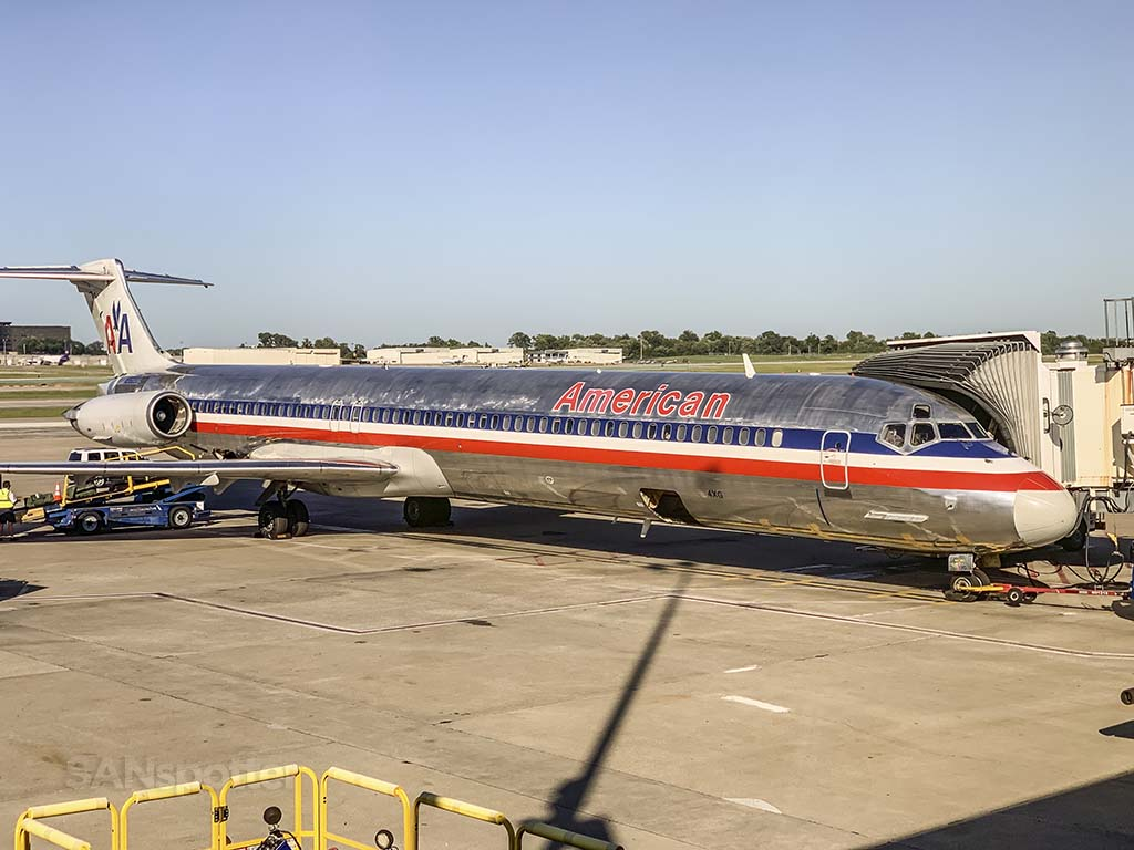 American Airlines md80 STL final flights
