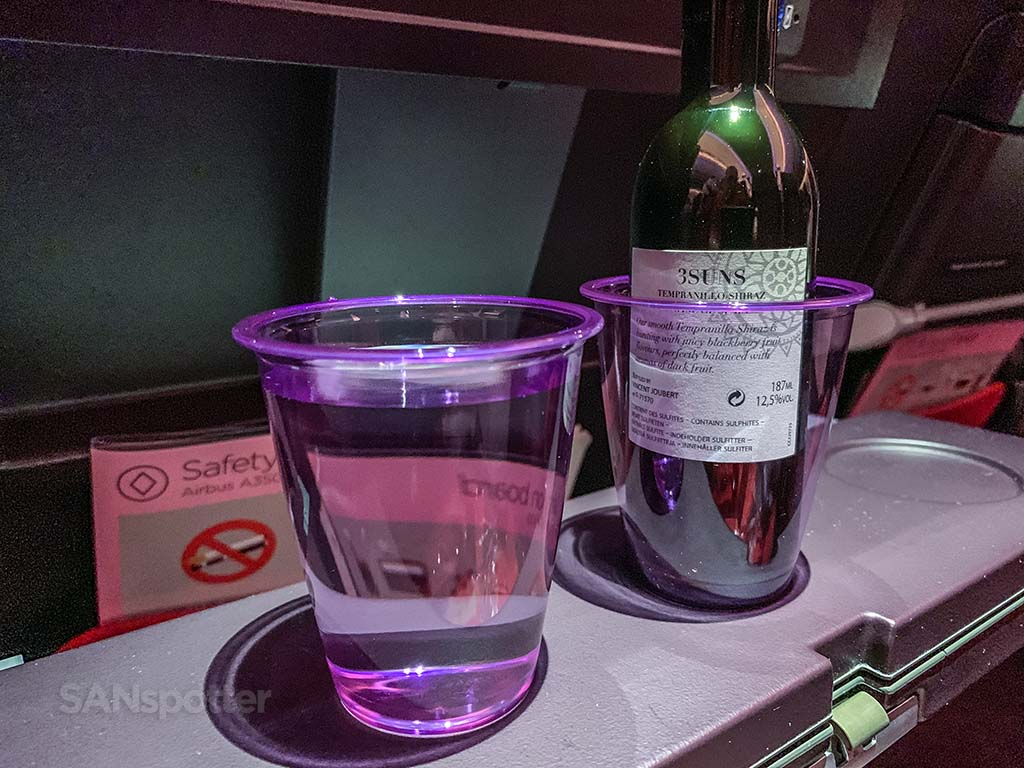 Free alcohol Virgin Atlantic economy class