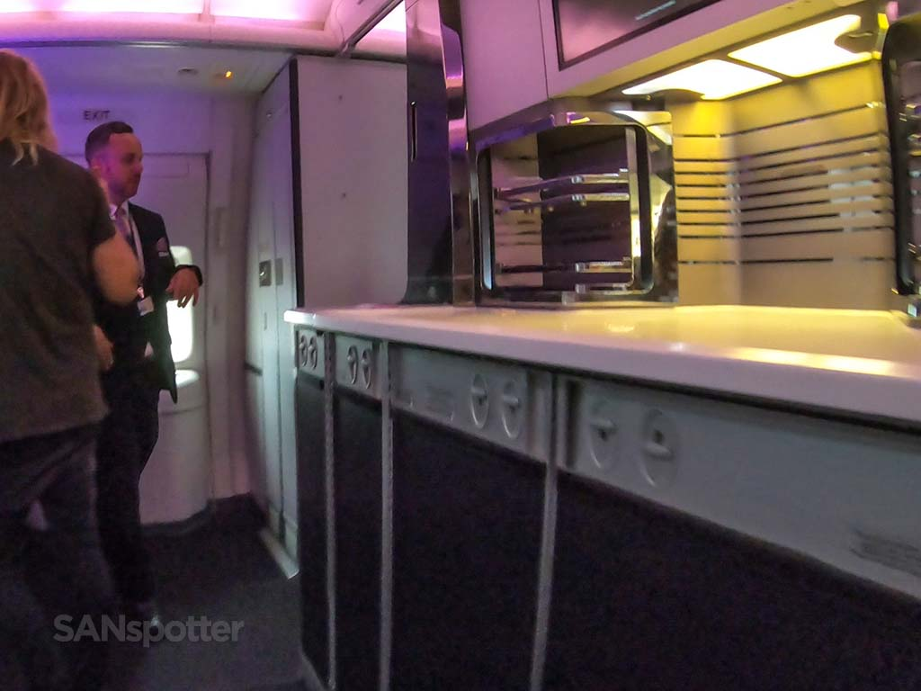 Air New Zealand business class bar