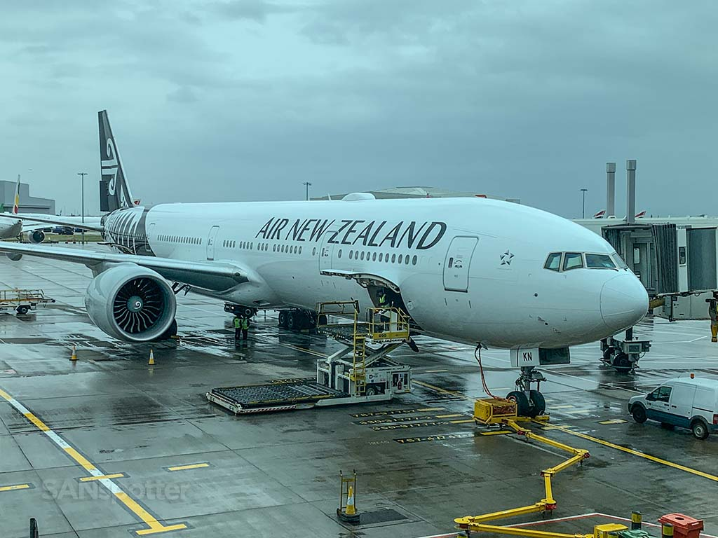 Air New Zealand 777-300 Zk-okn