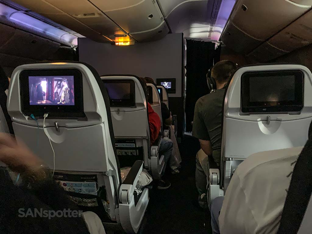 Air New Zealand 777 cabin