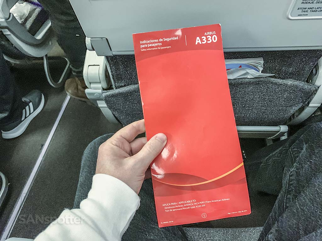 Avianca a330-200 safety card