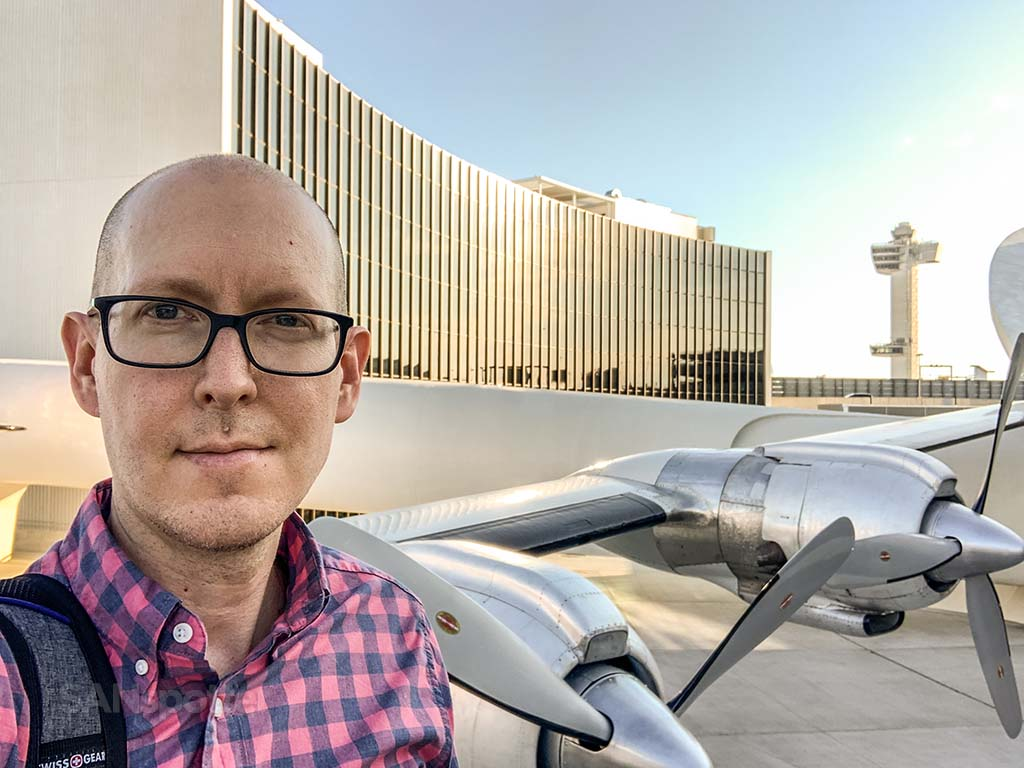 Sanspotter selfie TWA hotel Connie