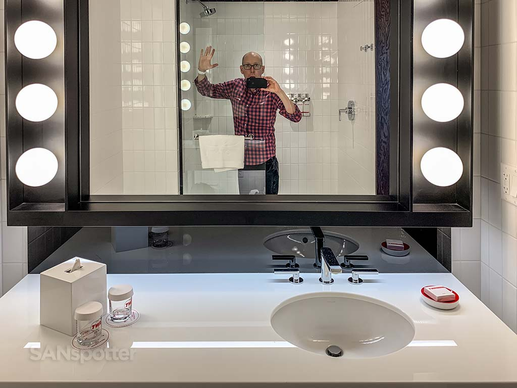 Sanspotter selfie TWA hotel bathroom