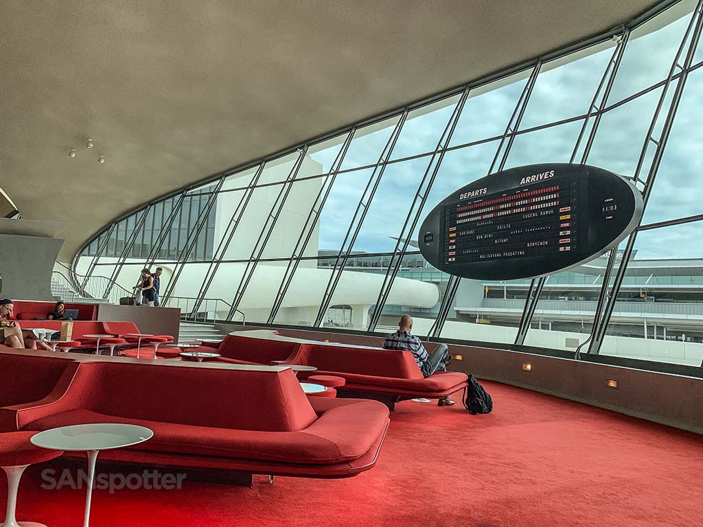 TWA hotel lounge review
