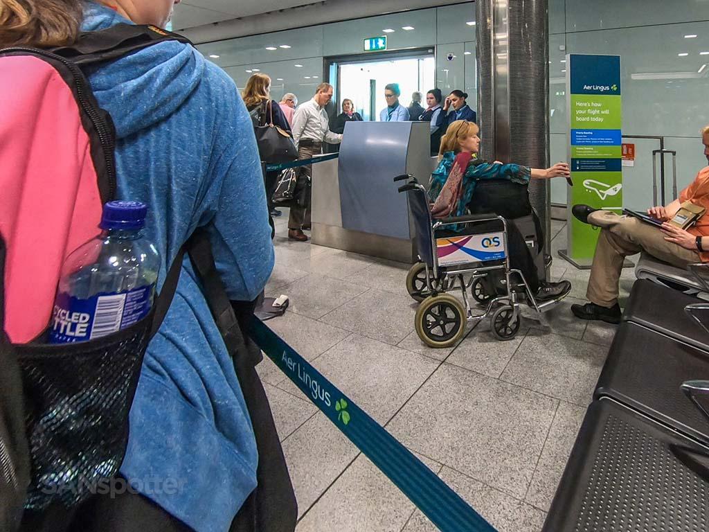 Aer Lingus boarding gate