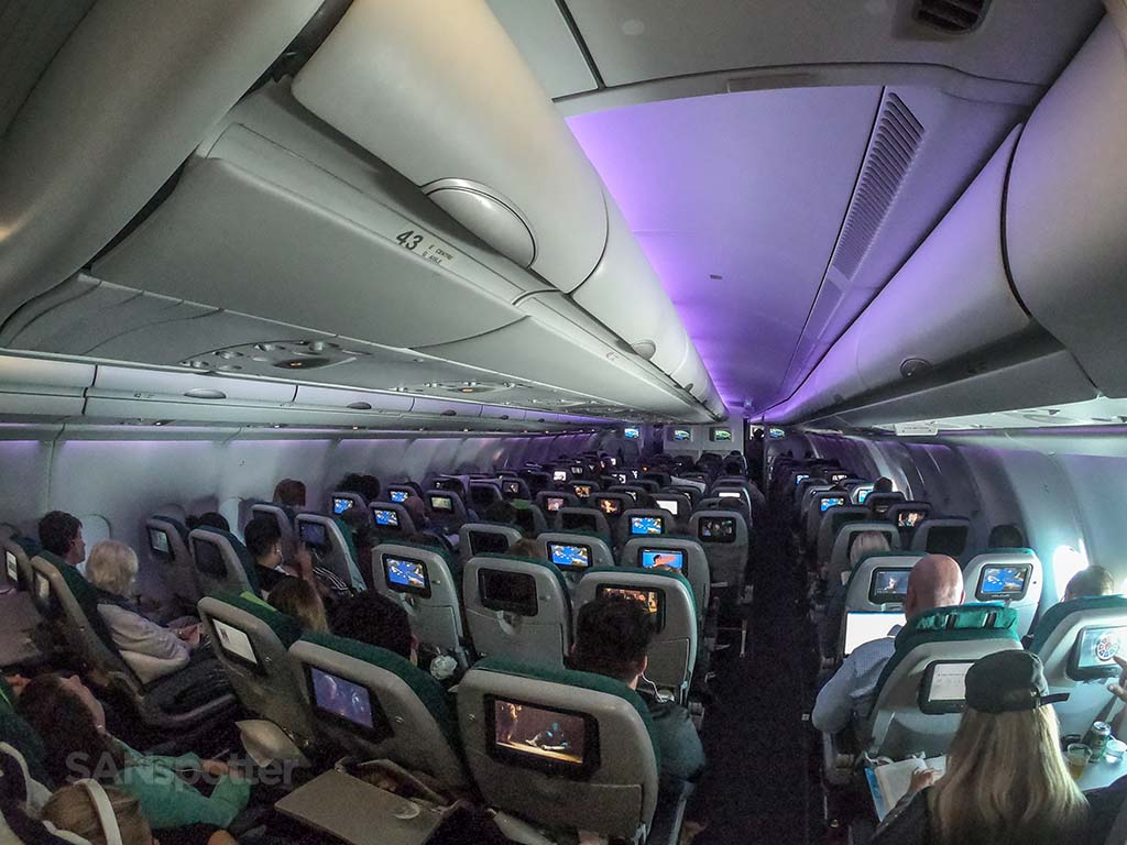 Aer Lingus a330-200 economy cabin