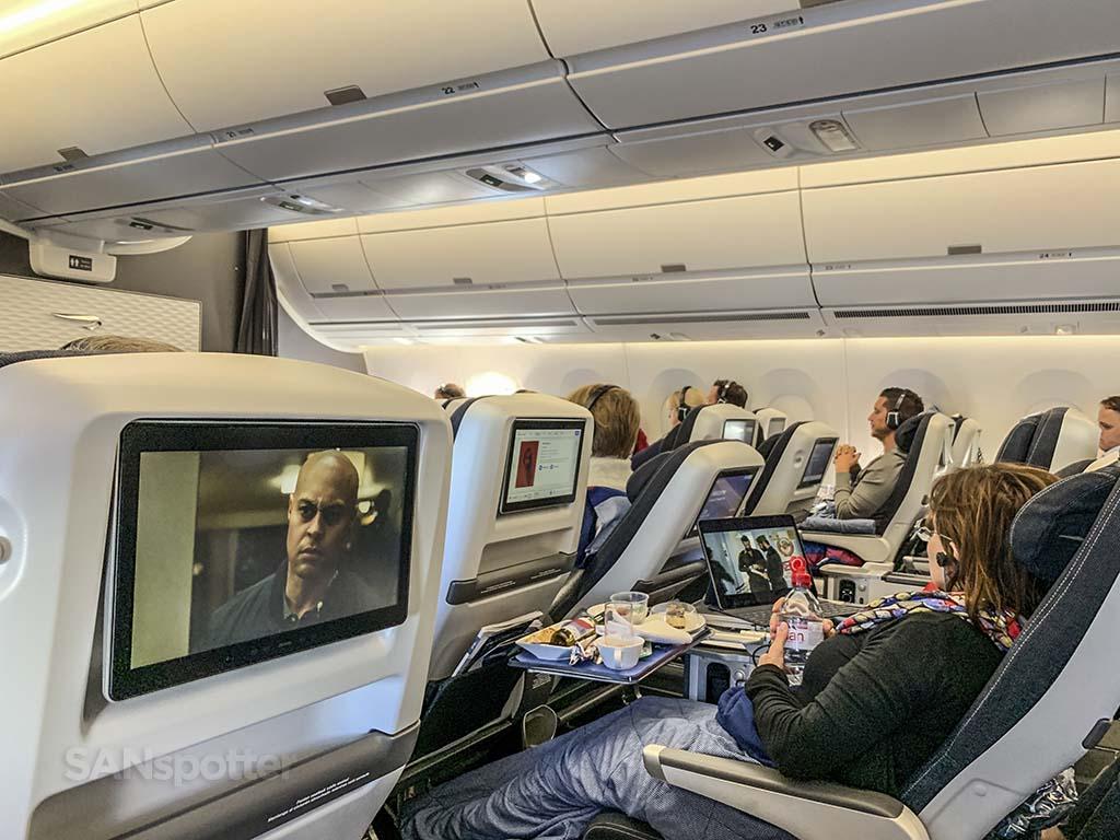 Bring Airways premium economy seat recline