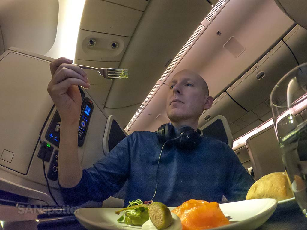 Sanspotter Cathay Pacific business class review