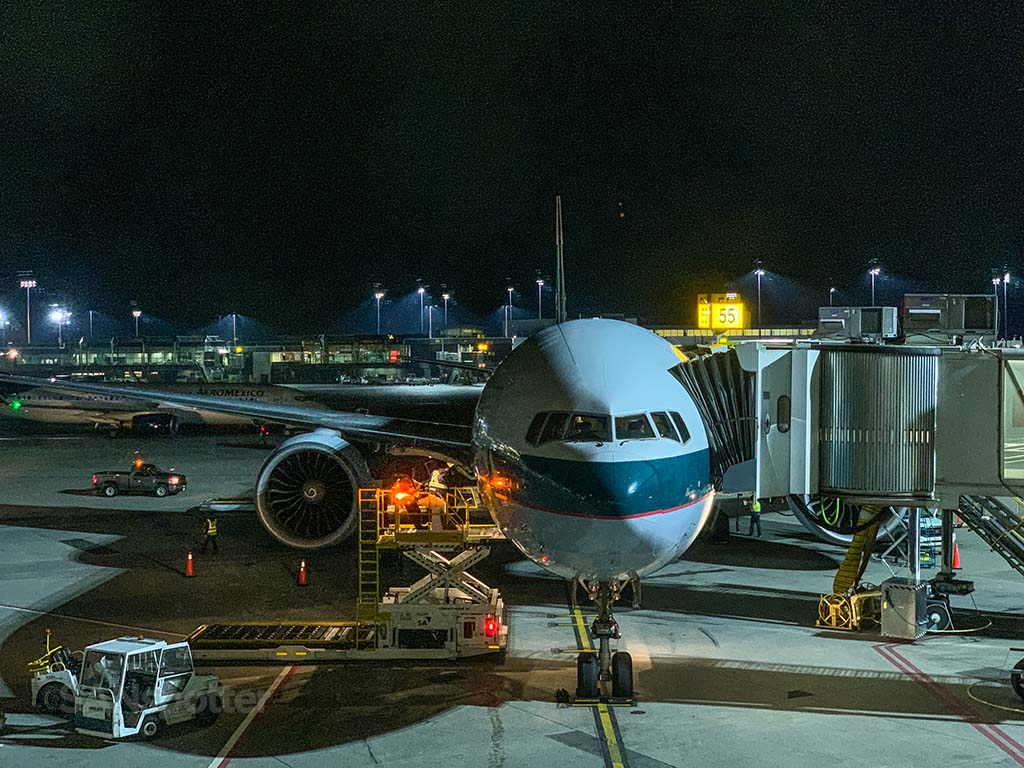 Cathay Pacific 777-300er B-KPC