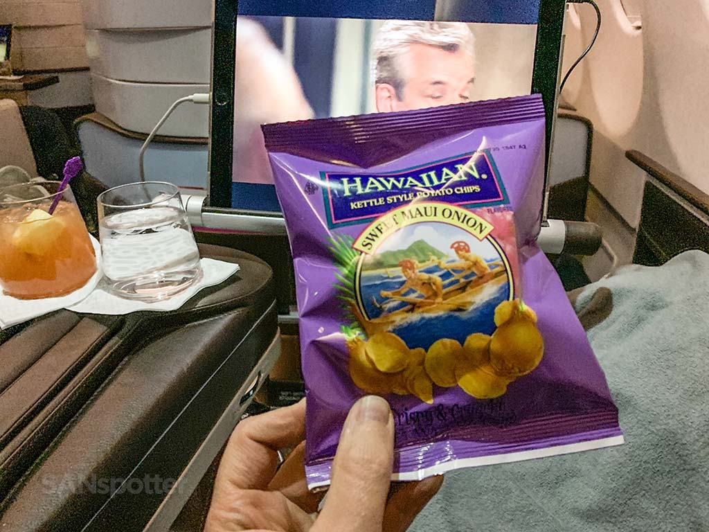 Hawaiian airlines first class snack