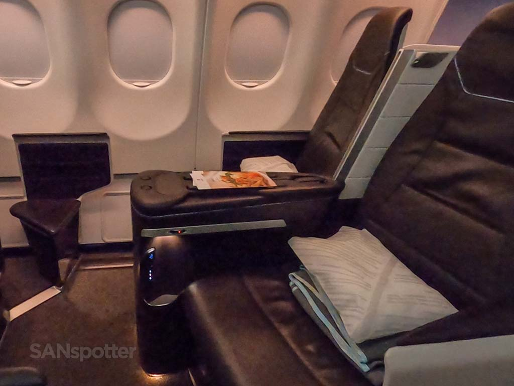 hawaiian airlines first class seats