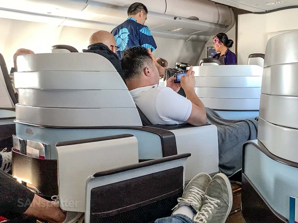 hawaiian airlines first class review