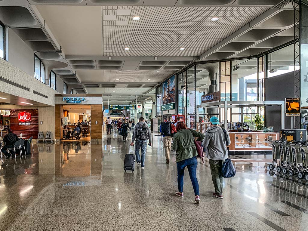 Terminal 1 San Diego Airport food