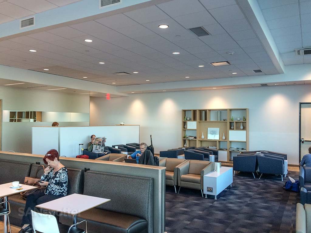 san diego airport airspace lounge seating