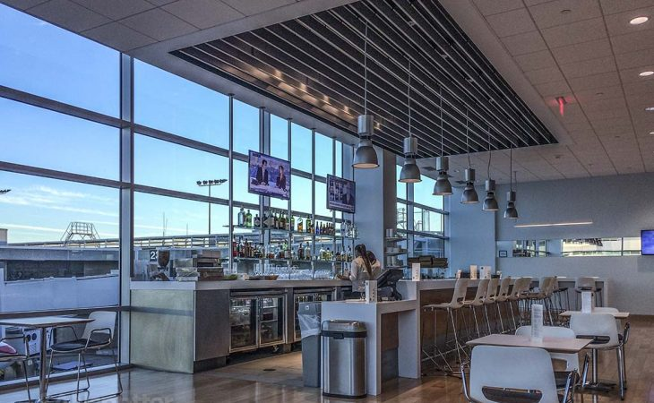 san diego airport lounges