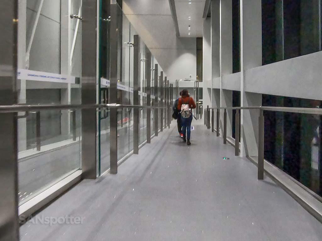 PVG airport jet bridge