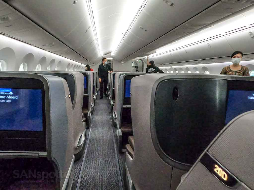 Singapore Airlines 787-10 business class cabin