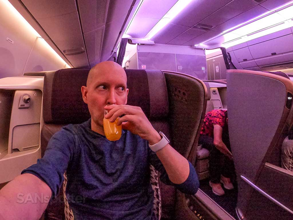 Singapore Airlines A350 Business Class pre-departure drink