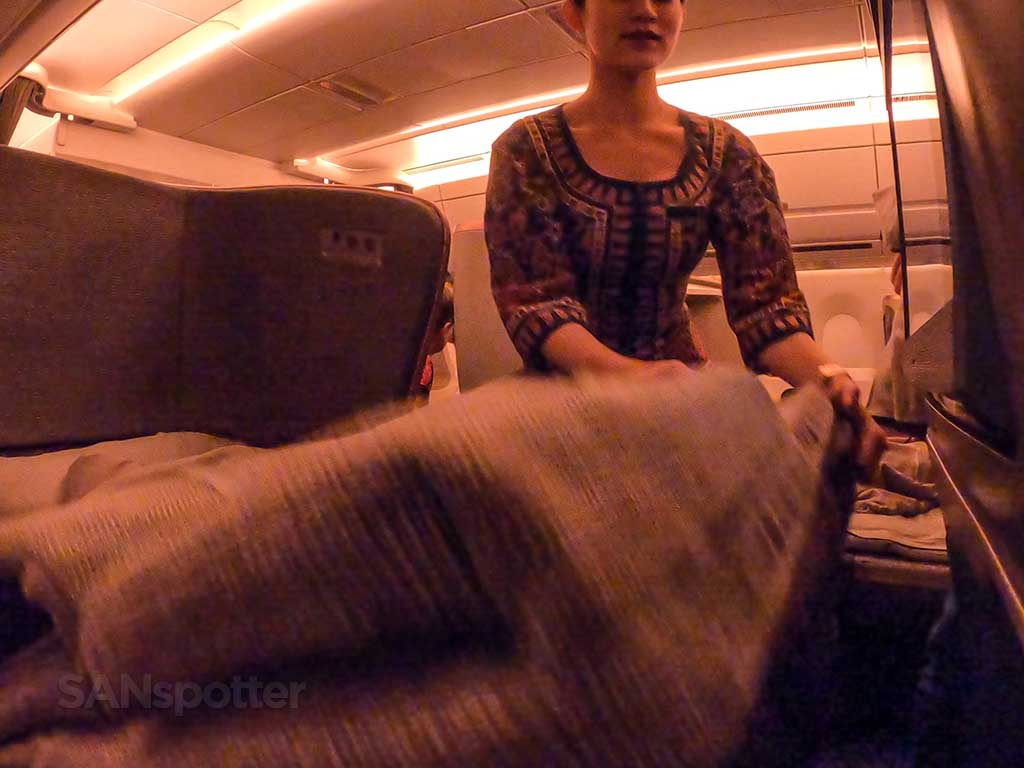 how to raise Singapore Airlines A350 Business Class seat
