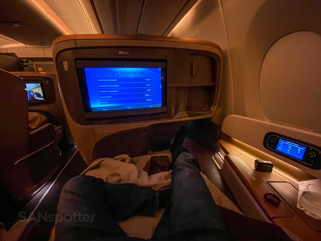 cabin lights on Singapore Airlines A350