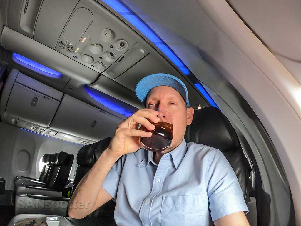 drunk sanspotter Alaska Airlines first class