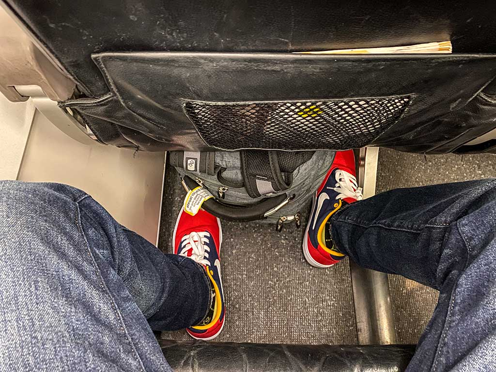 Scoot Airlines A320 front seat leg room