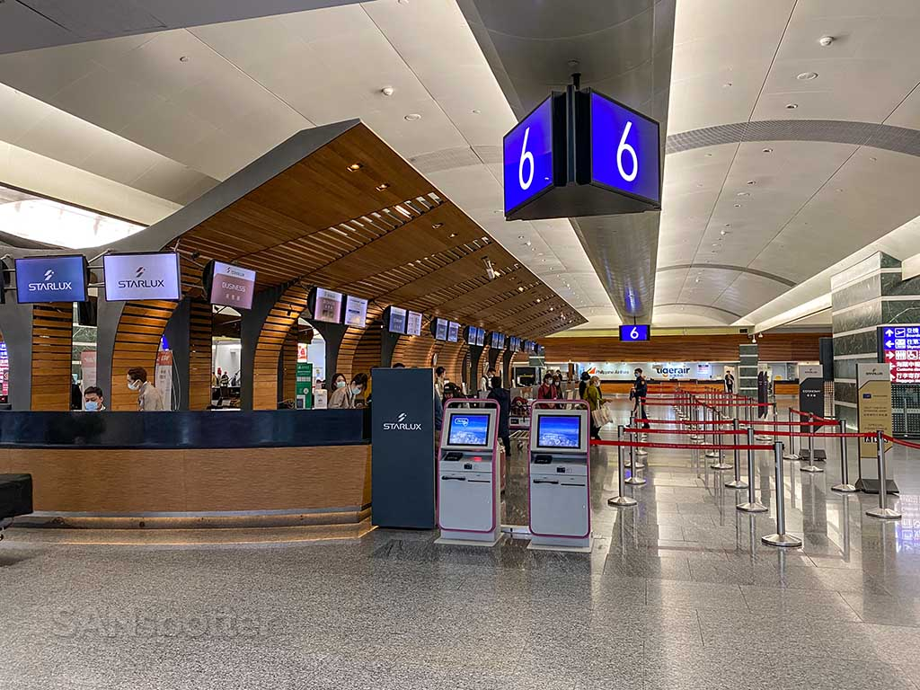 Starlux Airlines check in counter