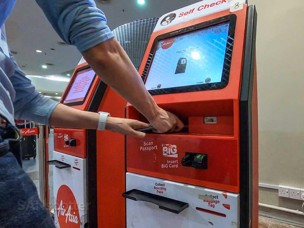 AirAsia check in kiosk